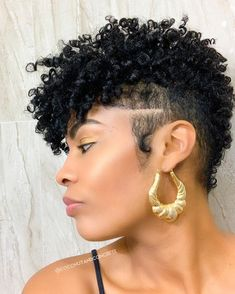 CEO got cro-slayed with this Vanity Pixie by our BAS ✨? Short Natural Curly Hair, Short Natural Haircuts, Tapered Natural Hair, Short Sassy Hair, Curly Hair Cuts, Short Hair Cuts, Curly Hair Styles, Natural Hair Styles, Pixie Cuts