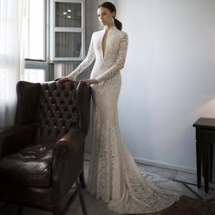 Find More Wedding Dresses Information about Mermaid Wedding Dresses 2016 New Deep V neck Vintage Cheap Long Sleeve Lace Bridal Dress With Pearls vestido de noiva de renda,High Quality Wedding Dresses from Wedding Girls Dress on Aliexpress.com
