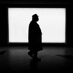 How Jason Peterson Takes Incredible Black & White Street Photos With iPhone