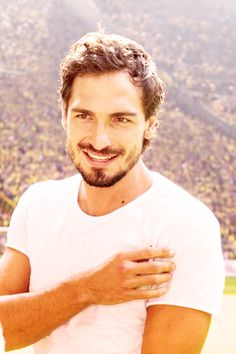 Mats Hummels with a beautiful smile!