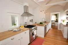Seattle Home Gets a Parisian-Inspired Kitchen Remodel | Home Remodeling - Ideas for Basements, Home Theaters & More | HGTV