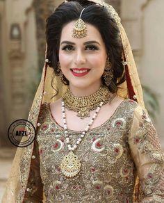 Beautiful Brides Dresses And Makeup Pakistani Wedding Outfits, Bridal Outfits, Bridal Looks, Bridal Style, Pakistan Bride, Bridal Photoshoot, Bridal Pics, Bridal Makeover, Desi Bride