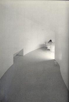 """CASA PARA UN DUELO"", Casa U. Toyo Ito, 1976. http://www.santiagodemolina.com/2014/10/casa-para-un-duelo.html"