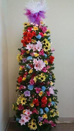 Pencil Christmas Tree, Cardboard Christmas Tree, Potted Christmas Trees, Pink Christmas Tree, Christmas Swags, Beautiful Christmas Trees, Christmas Tree Themes, Holiday Tree, Xmas Tree