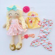 Viste a la muñeca tela reliquia muñeca regalo de