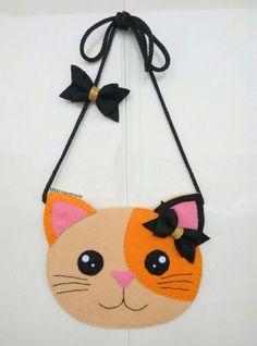 ideas for craft felt diy bag Sewing Crafts, Sewing Projects, Felt Kids, Felt Purse, Cat Bag, Felt Patterns, Fabric Bags, Fabric Dolls, Baby Kind