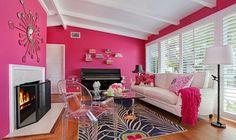 83 Inspiring for Rustic Living Room Wall Decor Design Pink Living Room, Decor, Rustic Living Room, Wall Decor Design, Pretty Room, Interior, Wall Decor Living Room Rustic, House Interior, Hot Pink Walls
