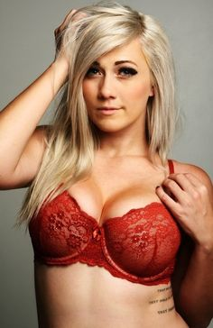 Lindsay Elyse