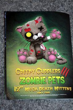 Toy Fair 2013 Mezco Creepy Cuddlers 17