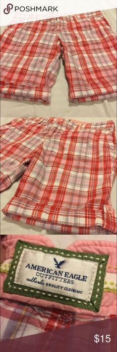 American Eagle Plaid Shorts Size 4 EUC  SFPF home Ships fast with tracking  Love the item but not the price? Make an offer!              Tags: lularoe, Anthropologie, deletta, leggings, Nike, Victoria's Secret, pink, coach, lululemon, free people American Eagle Outfitters Shorts