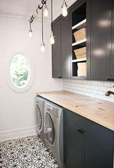 7 Small Laundry Room Design Ideas - Des Home Design Laundry Room Remodel, Laundry Room Cabinets, Basement Laundry, Laundry Room Organization, Laundry In Bathroom, Laundry Closet, Organization Ideas, Laundry Rack, Wall Cabinets