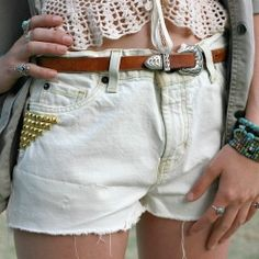 Easy tutorial to make bleached and studded cutoffs.