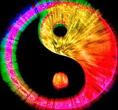 Psychedelic yin and yang ✌ Arte Yin Yang, Ying Y Yang, Yin Yang Art, Yin Yang Wallpaper, Phoenix Wallpaper, Feng Shui, Yen Yang, Foto Logo, World Religions