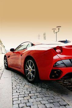 The Ferrari Berlinetta was unveiled at the 2012 Geneva Motor Show . The car is a front mid engine grand tourer and is a replacement for the Ferrari Porsche, Audi, Bmw, Ferrari Car, Lamborghini, My Dream Car, Dream Cars, Ferrari F12berlinetta, F12 Berlinetta