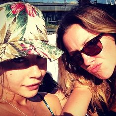 Katie Cassidy and Willa Holland