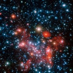 This image of the central parts of our Milky Way Galaxy in near infrared was captured with the NACO instrument on ESO's Very Large Telescope (VLT) - Image : © ESO / S Gillessen et al.