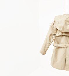 Obrázok 4 z Trenčkot s kapucňou od spoločnosti Zara