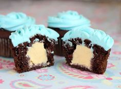 Bake up a batch of your favorite cupcakes. Scoop out center of cooled cupcakes. Fill with enough ice cream to reach top of cupcake. Top with frosting and decorate as desired. Freeze until ready to serve. Brownie Desserts, Köstliche Desserts, Delicious Desserts, Yummy Food, Cupcake Recipes, Cupcake Cakes, Dessert Recipes, Cup Cakes, Cream Filled Cupcakes