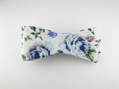 Floral Bow Tie, Vintage Blue, Flat End – SuitedMan