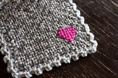 How to: Zoom Loom cross stitch coasters.