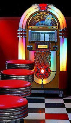 Vintage Retro Style Vintage Diner Print By Nikolyn Mcdonald - Bar Retro, Retro Vintage, Retro Diner, 1950s Diner, Vintage Black, Vintage Style, Diner Aesthetic, Aesthetic Vintage, 1950s Aesthetic