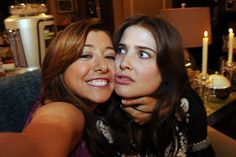 Lily and Robin are totally BFFs during the best night ever. Someone needs to remind Robin of this. Robin Scherbatsky, How I Met Your Mother, Ted Mosby, American Pie, Alyson Hannigan, 9gag Funny, Marshall Eriksen, Lily Aldrin, Netflix