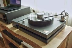 High End Turntables, Vacuum Tube, Audio Equipment, Channel, Room, Vintage, Trays, Discus, Record Player Table