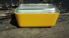 Vintage PYREX #502 Yellow Daisy Refrigerator Dish with Lid 1-1/2 pt. #pyrex