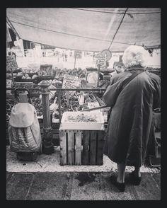 #iphonephotography #streetphotography #igfriends_veneto #igfriends_italy #igcapturesclub #gf_italy #euro_shot #igersvenice #igersveneto #igersvenezia #ig_veneto #ig_venezia #ig_venice #veneziaautentica #veneziaunica #venezia #venice #veneto #loves_venezia #loves_united_venice #loves_veneto #loves_venice #b #bnw #bnw_life #bnw_captures #blackandwhitephotography #blackandwhite #biancoenero #bianconero by 85principessa