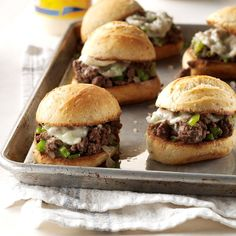 Sloppy Cheesesteaks - added a little worcestershire sauce and ketchup to the ground beef, as well as using fresh garlic and sauteed some extra onions and peppers to put on top of the meat before the cheese. Ground Beef Dishes, Ground Meat Recipes, Beef Recipes, Cooking Recipes, Hamburger Recipes, Recipies, Wrap Sandwiches, Stuffed Green Peppers, Cheesesteak