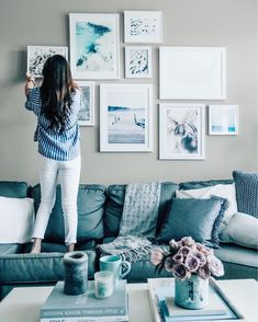 Brilliant 25 California Chic Living Room Restyle https://decoratio.co/2017/10/30/25-california-chic-living-room-restyle/ Their style is basically a minimalist clothing style. If you're as fascinated with this manner of dress like I am, then you are going to delight in the photos and links whom I've gathered to help you reach your special statement.