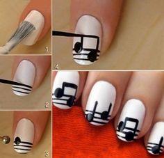 Musical notes nail art - DIY Stuff