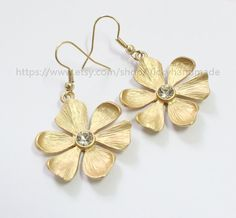 Gold flower earrings by Vickyhandmade on Etsy, $2.50