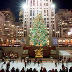 NYC Rockefeller center at Christmas time