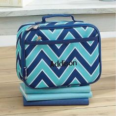 Sturdy, durable, fabric construction. Food safe; PVC, BPA and phthalate-free. Insulated and easy-to-clean. Zippered front pocket. #teelieturner #lunchbag #lillianvernon #teelieturnershoppingnetwork   www.teelieturner.com