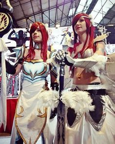 fairy tail Erza Scarlet Lightning Empress and Heaven Wheels Armor cosplayers