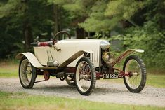 This thread is for pictures of cars that would make good looking Cyclekarts. For 3 wheelers and other non-spec Cyclekart inspiration photos, please post in the Custom Karts Forum here: Vintage Cars, Antique Cars, Vintage Photos, Grand Prix, Pedal Cars, Car In The World, Courses, Vintage Bicycles, Old Cars