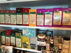 Teetä ja tarvikkeita sekä kosmetiikkaa.  www.vaniljavalencienne.fi  #vaniljavalencienne #bongaavanilja #ilove #vaniljagoesneidonkeidas #tee #kosmetiikka