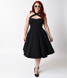 Collectif Plus Size 1950s Style Black Penny Halter Flare Dress