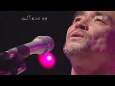 Sublime Korean folk singer Saik Jang.  Passion, soul, beauty and heart.  장사익 찔레꽃 - YouTube