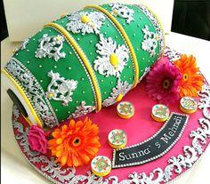 Mehandi Ceremony Cake #cake #weddingcake #beautifulcake #cakes #tiercake #bakery #mehandi #mehandiceremony #dholki #dholak #indian