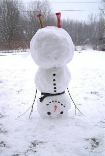 Dat is wel een hele speciale sneeuwpop!