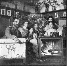 Tsar Nicholas II, with daughters Grand Duchesses Olga, Tatiana, Maria and Anastasia and Tsarina Alexandra.