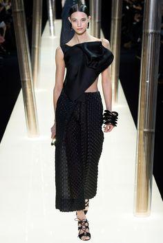 Armani Privé Spring 2015 Couture Collection Photos - Vogue