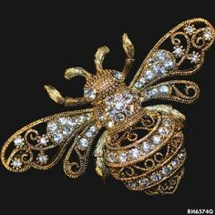 """Filigree Bee"" Brooch. Rodney Holman Jewellery"