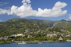 Which would you rather, cold and snow or beautiful Tahiti?  #FallTravel #ttot