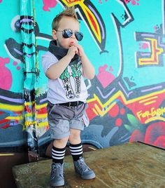 ✖️LACED WITH MADNESS✖️ Danger wear's • Ant Bug Tag @funkylilstreetdeers • Laced with Madness Tee, Hip Candy Belt & Smoke Marshmallow Infity Scarf all @scruff_candy_ • Distressed Ombré grey shorts @wildchildthreadsaus • Long Socks @two.little.brothers • Tornado Sk8-Hi Zip Vans @tiptoeandco . . . #wildchildthreads #tiptoeandco #funkylilstreetdeers #scruffcandy #twolittlebrothers #ss16 #ss16collection #distressedthreads #distressedshorts #skate #skatethreads #skatewear #skaterboys…