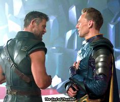 Tom Hiddleston and Chris Hemsworth on the set of Thor: Ragnarok. Gif-set (by enchantedbyhiddles.tumblr): http://maryxglz.tumblr.com/post/165857493547