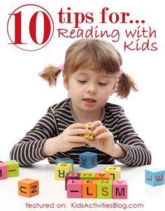 블럭을 이용하여 게임처럼 단어를 조합하여 읽기, 쓰기, 상상력을 동시에 신장시킬 수 있다