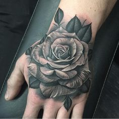 I love hand tattoos Rose Tattoos For Men, Hand Tattoos For Guys, Unique Tattoos, Cute Tattoos, Flower Tattoos, Black Tattoos, Body Art Tattoos, Tatoo Rose, Rose Drawing Tattoo